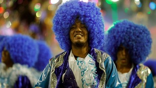 As many as 4,000 revellers from each Samba school compete.