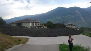 Huge mudslide brings Swiss village to a standstill