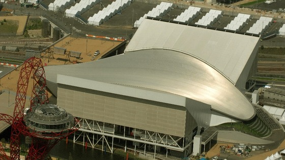 Boris Johnson has hired London 2012 Aquatics Centre architect Zaha Hadid to help design a new London airport