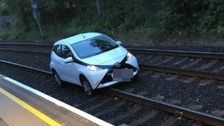 Car on tracks halts Metro services