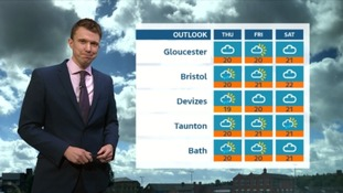 UK Weather Forecast: mild and cloudy in the West tonight