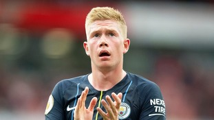 Kevin De Bruyne suffers knee injury during Man City training