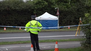 Police officer on the scene, A40