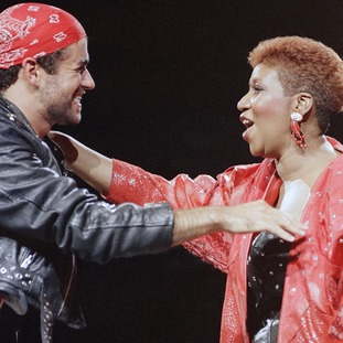 She collaborated with George Michael on 'I Knew You Were Waiting (For Me)'.