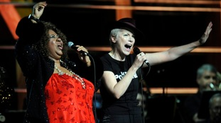 Aretha Franklin and Annie Lennox perform at the 25th anniversary of the Rock & Roll Hall of Fame concert in 2009.