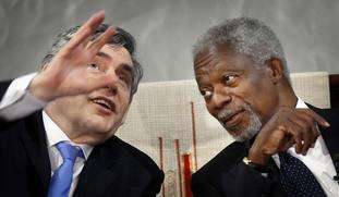 Gordon Brown and Kofi Annan in 2009