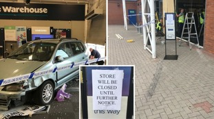 Ram-raiders stole £18,000 worth of goods from an electronics shop in Leicester.