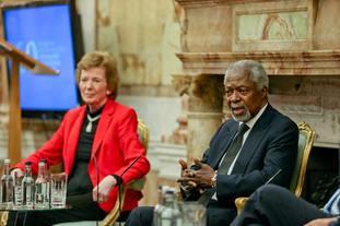 Kofi Annan with Mary Robinson