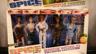 pic of dolls