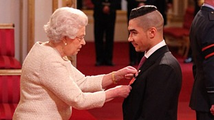 Louis Smith gets MBE from the Queen