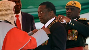 Emmerson Mnangagwa sworn in as Zimbabwe's president after disputed election