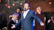 pic of alfie boe