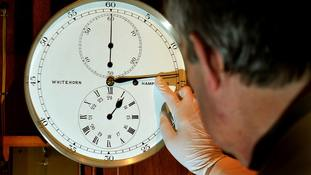 EU proposes plan to end twice-yearly clock changes