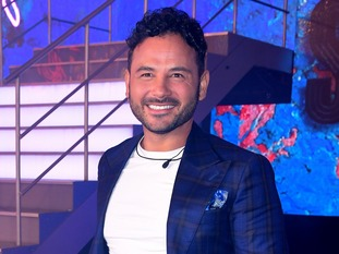 Ryan Thomas's girlfriend Lucy Mecklenburgh has fiercely defended her partner on social media.