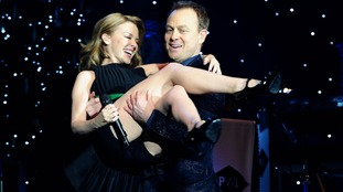 Kylie Minogue and Jason Donovan during the Hit Factory Live Christmas Cracker concert.