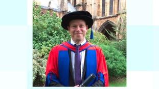 Comedian Robert Webb receives honorary degree