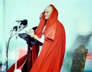 Pope John Paul II speaking at Dublin Airport