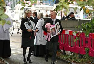 Mourners arrive at St Paul's Church