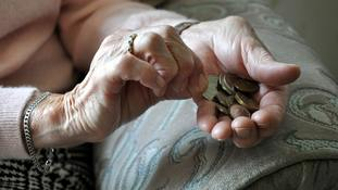 7.7 million Britons live in 'persistent poverty' report finds