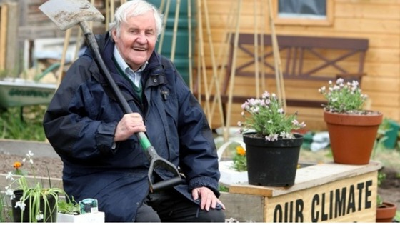 Richard Briers campaigning for allotments