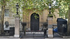 Man held at Buckingham Palace entrance for 'possessing Taser'
