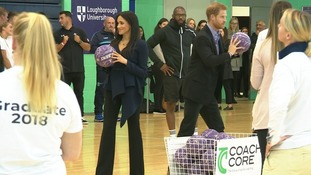Harry and Meghan go head-to-head in netball shootout