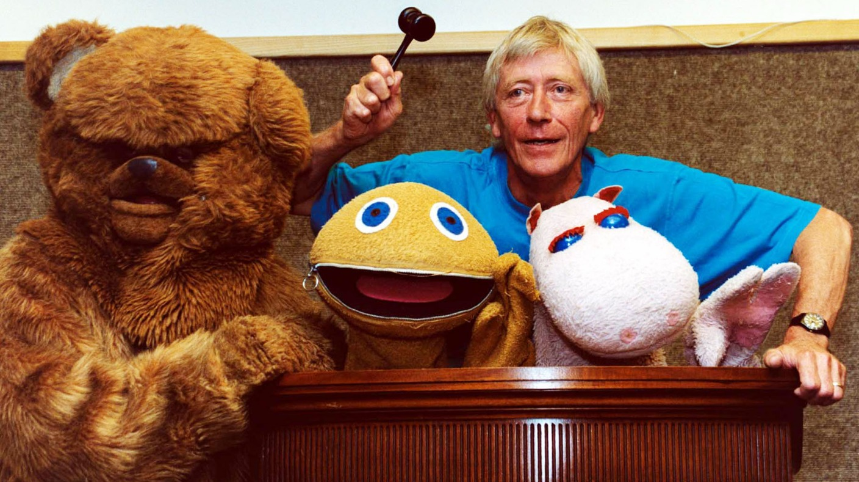 Best Side By Side Utv >> Rainbow presenter Geoffrey Hayes dies aged 76 - ITV News