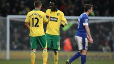 Norwich City's Kei Kamara celebrates with team mate Anthony Pilkington during the Barclays Premier League match with Everton