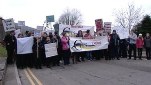 Parents and pupils protest over future of Cwmcarn