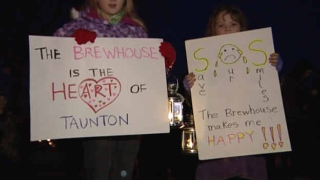 A candlelit vigil was held at the theatre when the closure was announced.