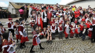 Youngsters in traditional Welsh costume