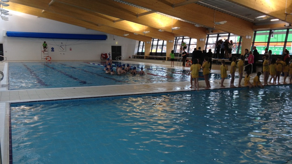 Open For Business Bridgwater 39 S New Swimming Pool West Country Itv News