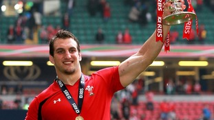 Sam Warburton lifting the Six Nation's trophy