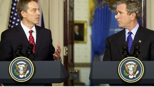 Tony Blair and US President George Bush holding a joint conference on Iraq in 2003.