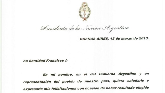 The card that President Cristina Kirchner sent to Pope Francis congratulating him on his appointment