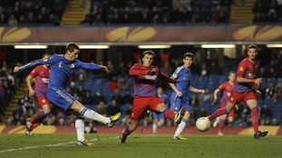 Fernando Torres crashes his late penalty against the Steaua crossbar