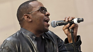 Singer Bobby Brown turned himself over to authorities in Los Angeles today.