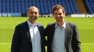 helsea's temporary manager Roberto Di Matteo with his predecessor Andre Villas-Boas.