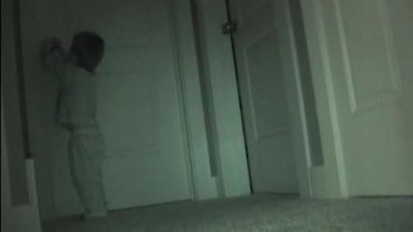 toddler filmed picking lock on sister 39 s bedroom door to