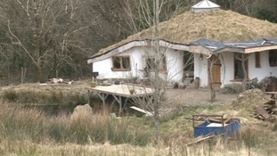 Couple fight to save 'Hobbit house'