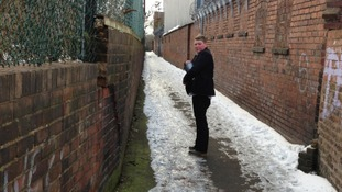 Teenager branded a 'hero' for gritting path