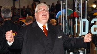 Richard Griffiths at the premiere of Harry Potter and the Chamber of Secrets