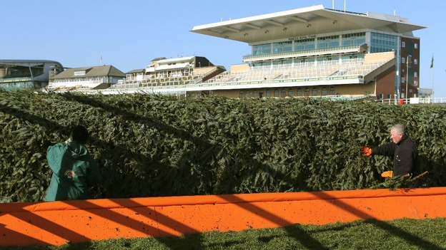 Grand National Day at Aintree - ITV News