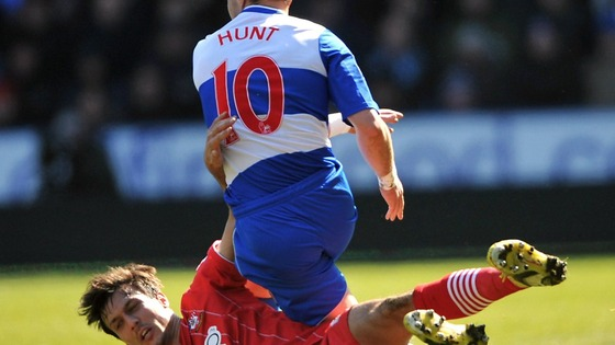 Southampton's Jack Cork and Reading's Noel Hunt