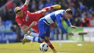 Reading's Chris Gunter (right) and Southampton's Jay Rodriguez