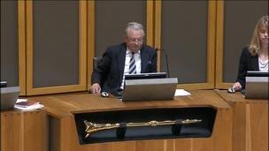 Dafydd Elis-Thomas in chamber