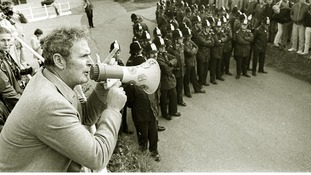 Jack Collins, Secretary of the Kent NUM, addresses a miners picket near Dover