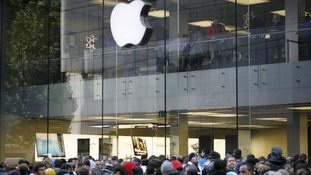 Crowds in Munich, Germany waiting to buy the iPhone5