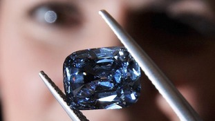 The rare deep-blue diamond ring