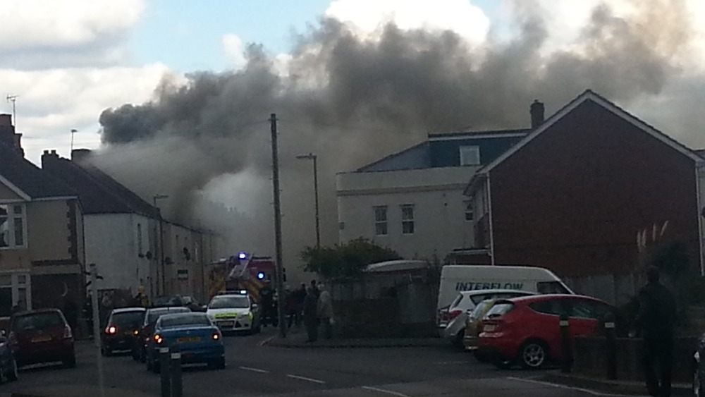 Roof Destroyed In Gosport House Fire Meridian Itv News